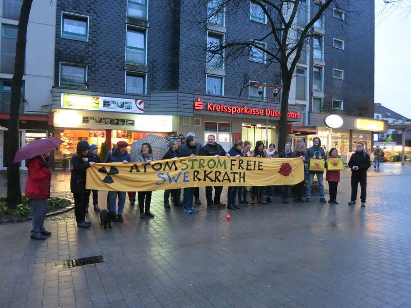 An dem Gedenken zu der Atomkatastrophe von Fukushim hat auch der BUND-Erkrath teilgenommen